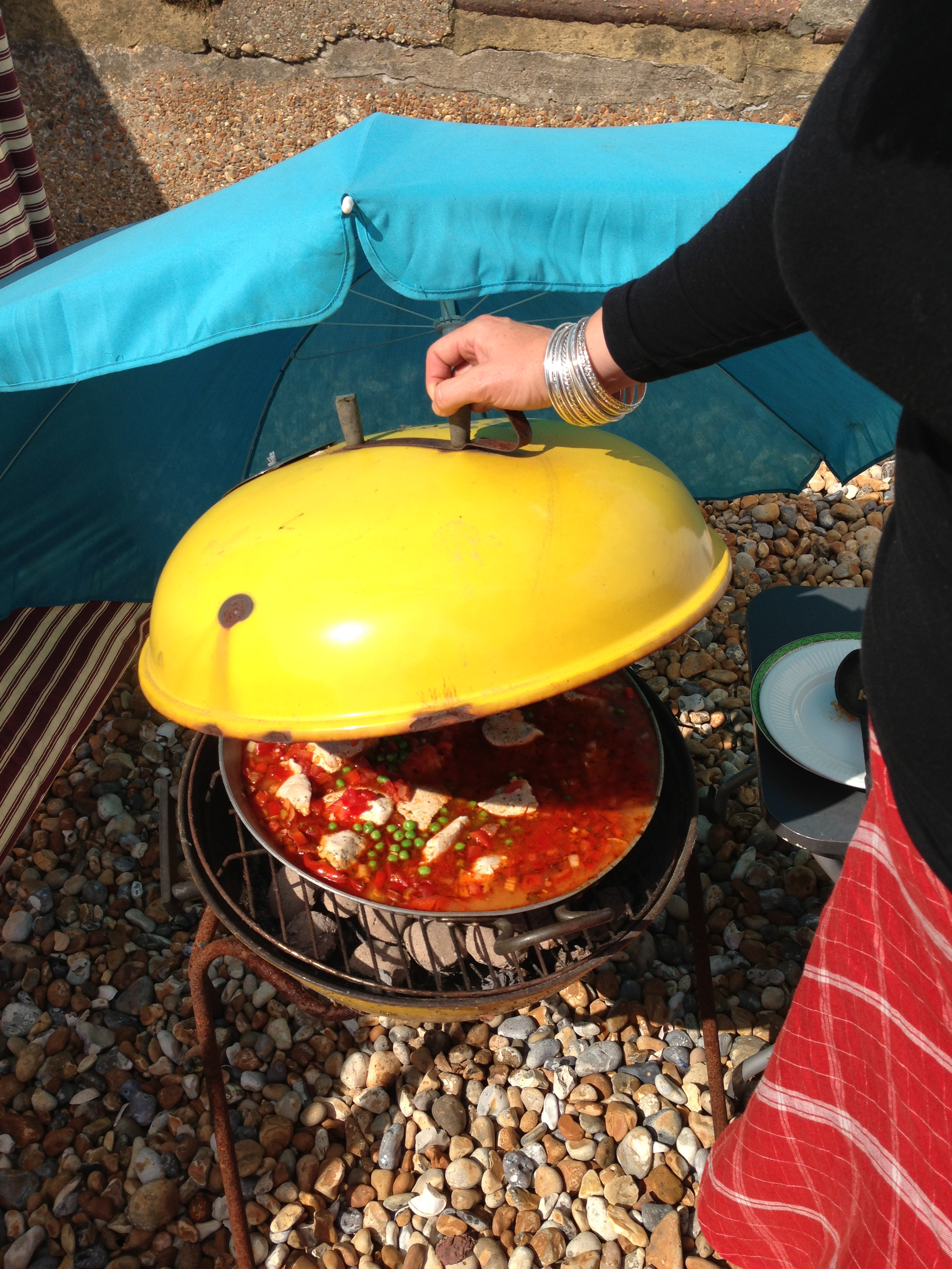 Beachhutcook's Paella booked on the Barbecue on the Beach
