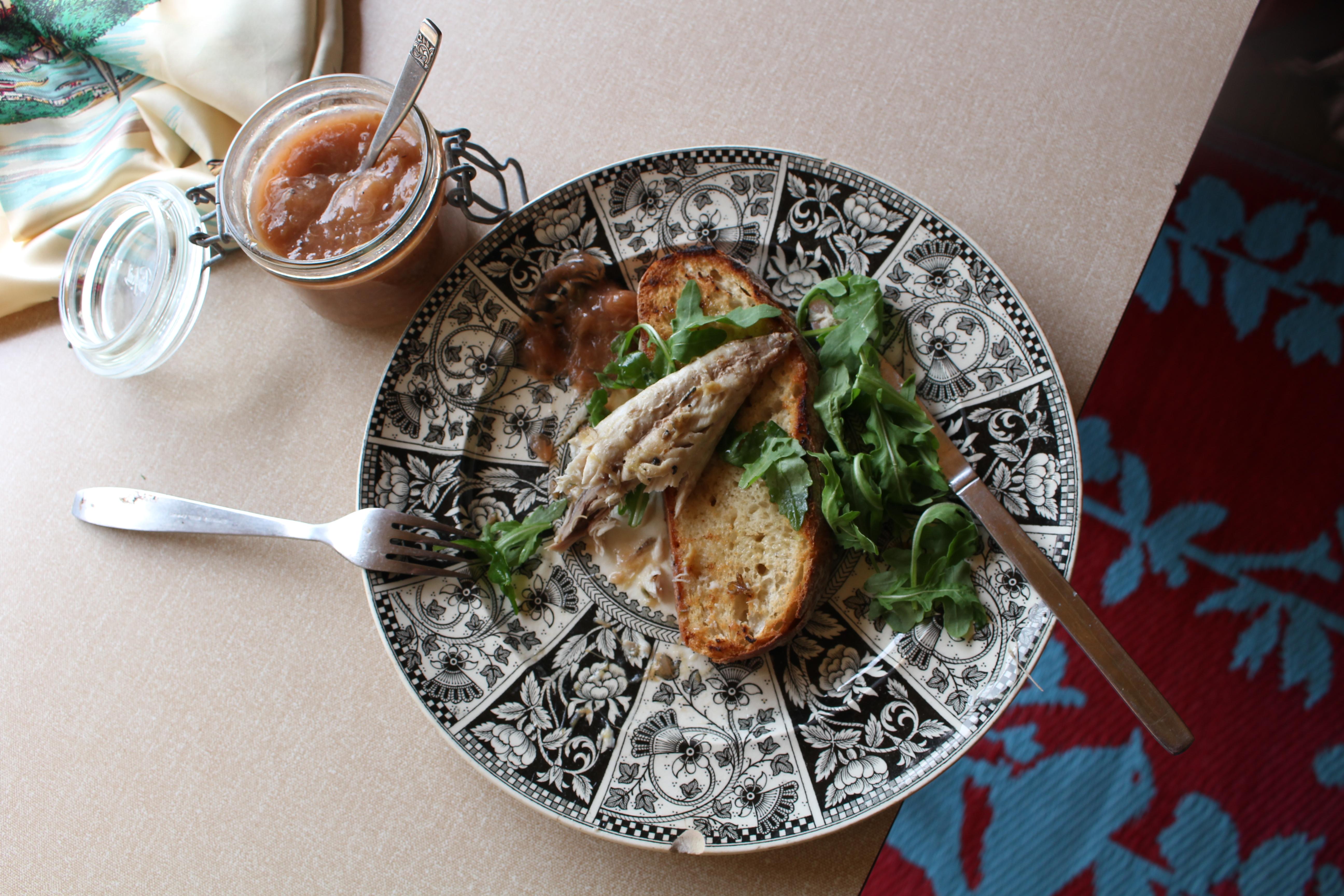 Beachhutcook's Mackerel with Rhubarb Sauce