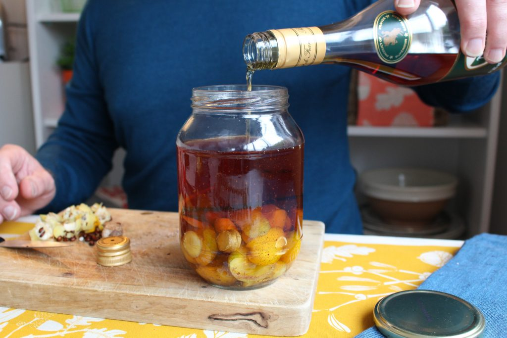 Brandy flavoured with quince, vanilla, grated nutmeg, lemon peel, ginger and brown sugar to make a rich fruity drink for the Christmas season.