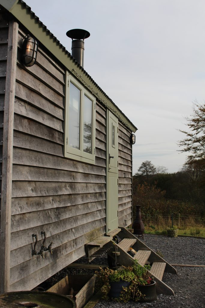 Dimpsey-Shepherd's-Hut-Glamping-Devon-Beachhutcook